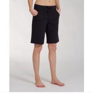 "Lululemon Be Still Bermuda Shorts Black Size 4 11"""